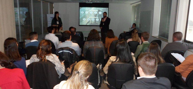 https://www.ykp.com.br/wp-content/uploads/2020/08/café-da-manha-com-especialistas.jpg